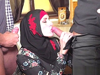 Muslim woman spread her legs for IDs amateur blowjob hd sex